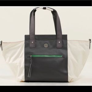 LULULEMON carry me om tote